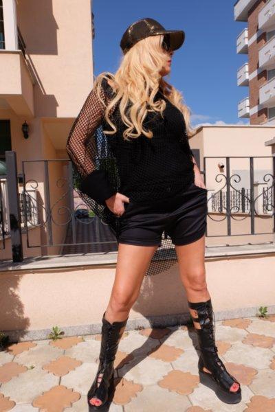 Къси черни панталонки тип потур